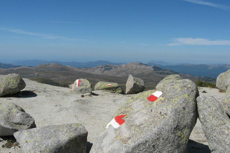 Ein Teil der Wanderungen führt entlang des bekannten GR20, wie auch die Wanderung zum Monte Incudine am 7. Tag.