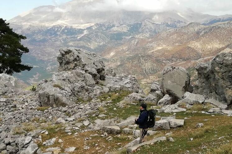 Unterwegs im Taurusgebirge, wo die Natur die Geschichte erzählt...