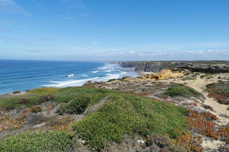 Unsere Algarvetour beginnt mit bekannten und versteckt liegende Wanderwege entlang der kontrastreichen Süd- und Westküste.
