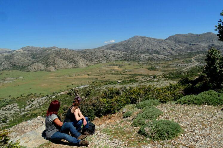 Fantastische Blicke auf die Nida-Hochebene, hier hört man nur die Glöckchen der Schafe und den Wind.