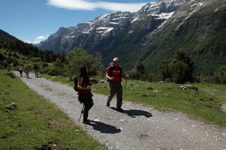 Die Wanderungen führen Sie durch ursprüngliche Natur inmitten der Zentralpyrenäen