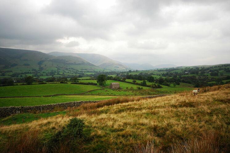 ... in den Yorkshire Dales ebenso wie weitläufige grünen Täler