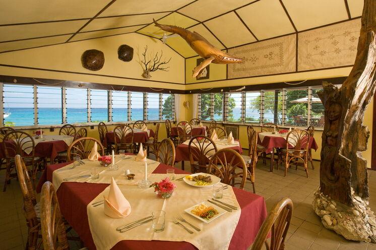 Dinnertime. Zu Gast im charmanten Sandy Beach Resort