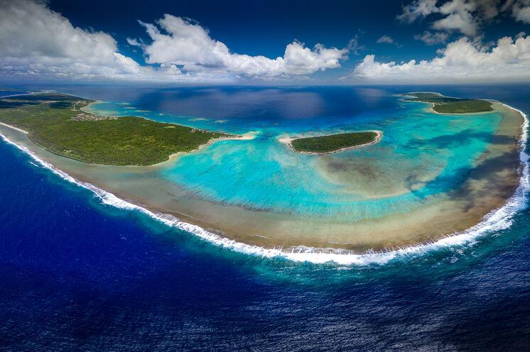 Aus der Luft bietet sich ein zauberhafter Anblick auf die Ha'apai Inselgruppe