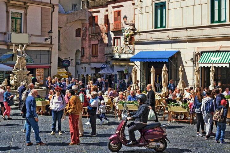Im lebhaften Zentrum von Amalfi