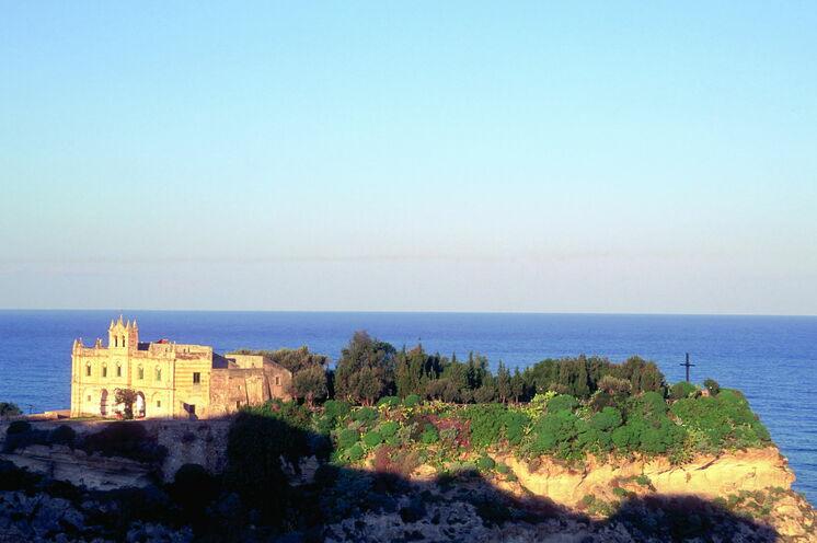 Die Amalfiküste bei Sonnenuntergang