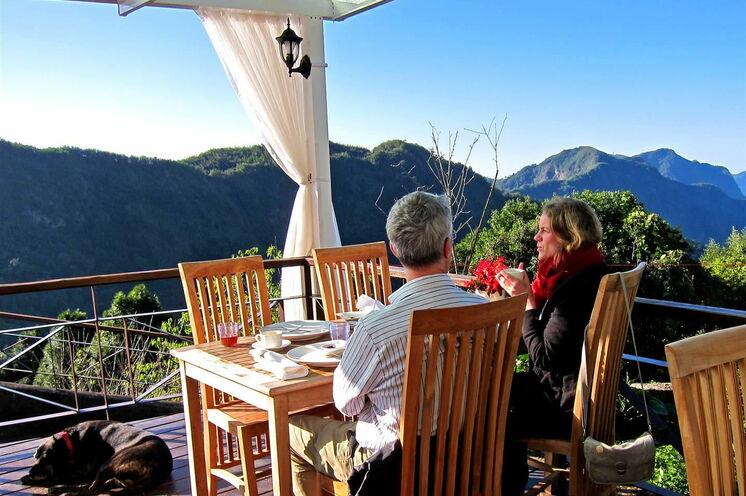 Ausblick in die Teeberge der Alishan-Bergregion.