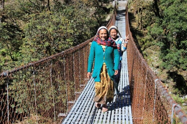 Der Kontakt zu den Einheimischen ist uns wichtig. Die Nepalis sind ein offenes und sehr freundliches Volk.