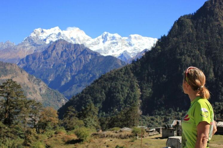 Ausblick auf den Manaslu (8163 m)