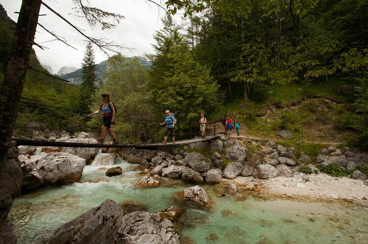 Wanderung an der Soča auf dem Alpe-Adria Trail