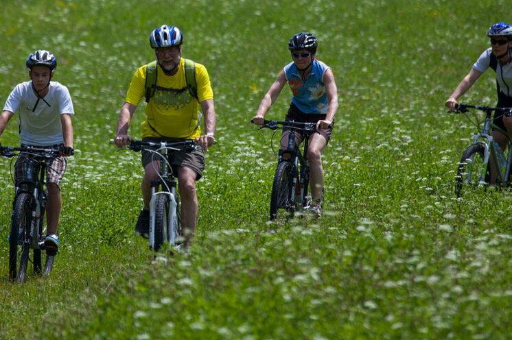 Radtouren entlang des Soča-Tals und rund um den Wocheiner See