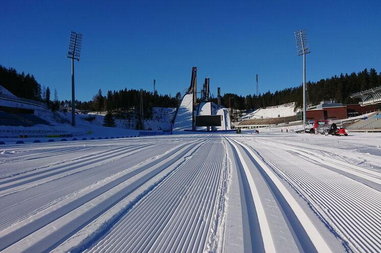 Start und Ziel des Worldloppet ist in der WM und Weltcup Arena von Lahti.