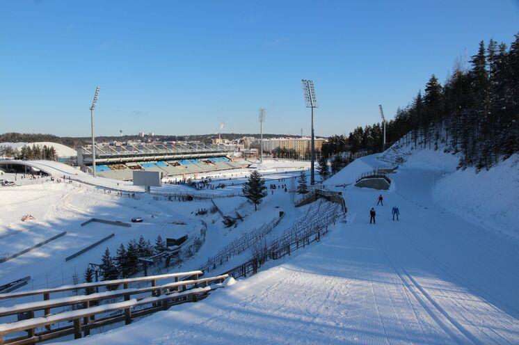 ... und ab ins Stadion von Lahti! Ein weltmeisterliches Gefühl!!!!