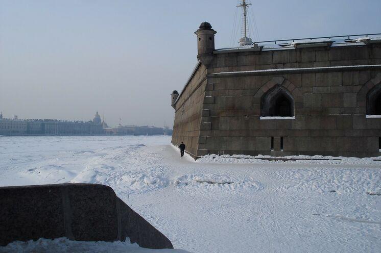 Peter Paul Festung in St. Petersburg - im Programm für die diejenigen, die das Vorprogramm in Anspruch nehmen.