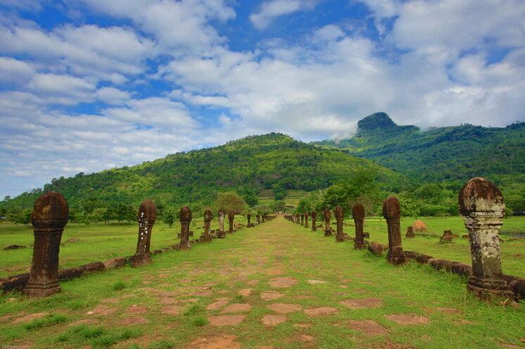 In Champassak besichtigen Sie die Ruinen von Wat Phou