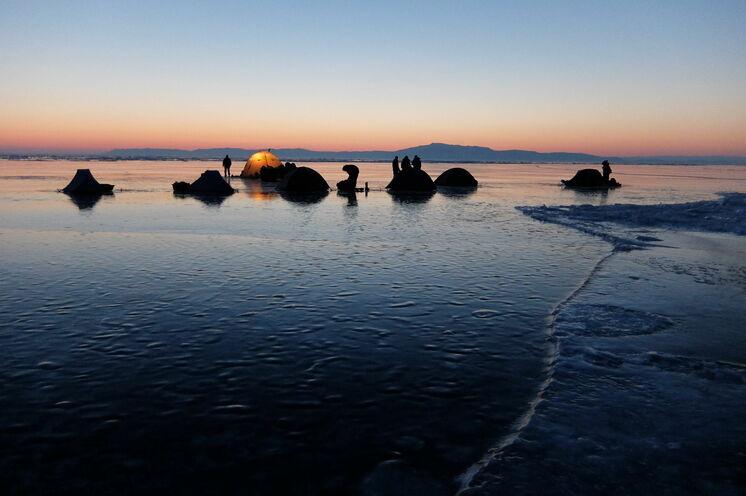 2 Zeltübernachtungen mitten auf dem Baikal....