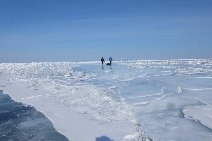 Ständig wechselnde Eisverhältnisse.