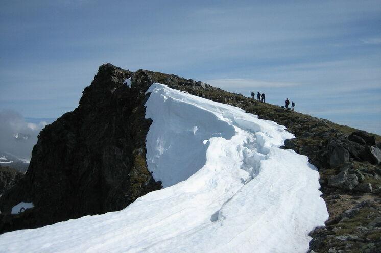 Unterwegs auf die Matmora (788 m)
