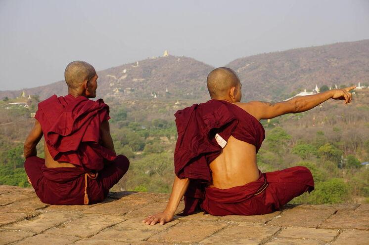 Mönche in Sagaing