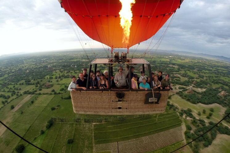 hier haben Sie die Möglichkeit eine Ballonfahrt zu unternehmen - ein einmaliges Erlebnis