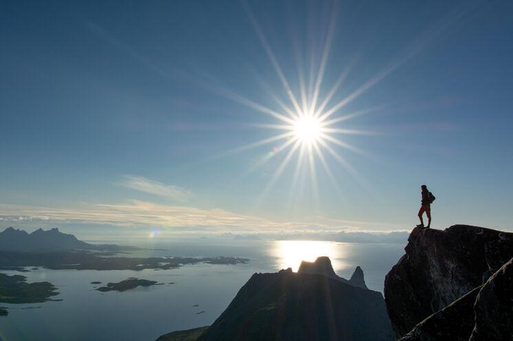 Blick vom Hatten über den Westfjord