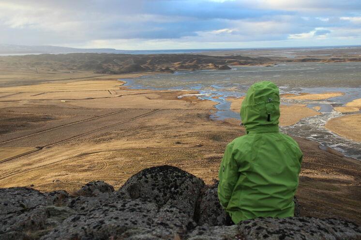 Selbst wenn kein Schnee fällt oder liegt, weiß die Landschaft Islands (hier im Vatnsdal, 9. Tag) zu begeistern.
