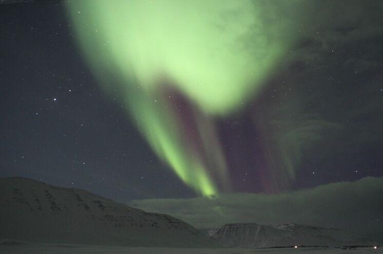Aurora Borealis - ein Geschenk des Himmels. Aufgrund der Reisedauer sind die Sichtungschancen recht gut.