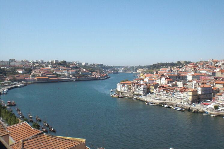 Blick auf den Duoro in Porto