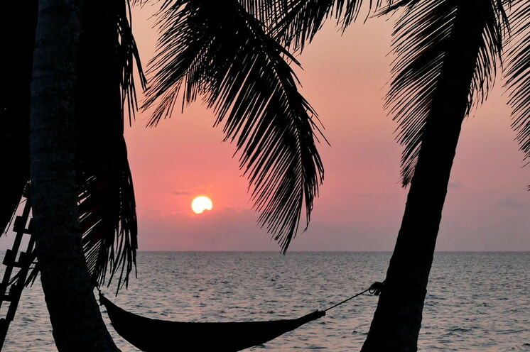 Robinson-Crusoe-Feeling bei Sonnenuntergang