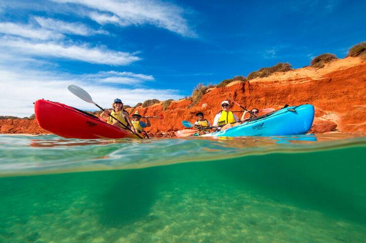 Per Kayak unterwegs an der Korallenküste Australiens