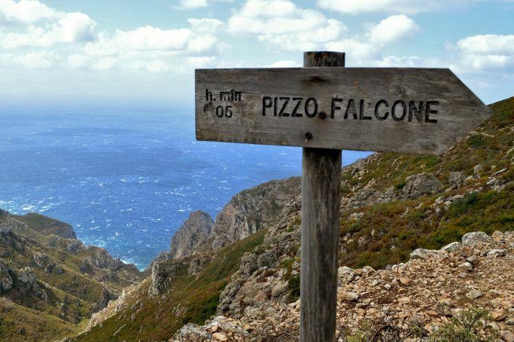 Der höchste Punkt der Insel Marettimo – der Pizzo Falcone