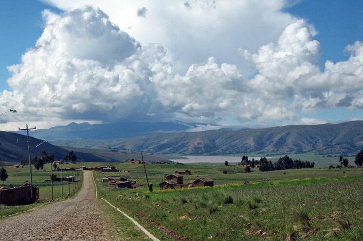 Heute geht es größtenteils auf asphaltierter Strecke entlang kleiner Dörfer