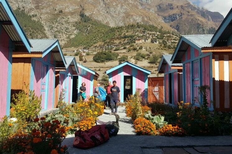 Sie nächtigen während des Trekkings in kleinen Lodges