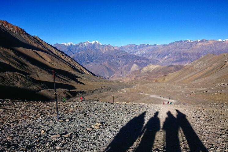 Blick vom Thorung La Richtung Kali-Gandaki-Tal