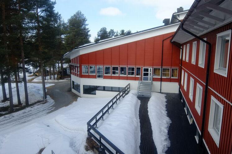 Jokkmokk, Rückseite unseres Hotels und nur ca. 50 m entfernt von der Wettkampfloipe (ca. 400 m vor dem Ziel).