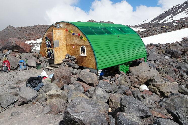 Ihre Hütte im oberen Lager