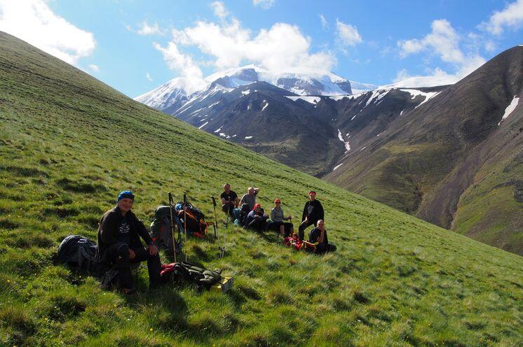 Tagestour zur Akklimitisierung in atemberaubender Berglandschaft