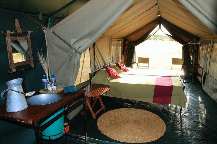 In der Serengeti übernachten Sie in stillvollen Tented Camps