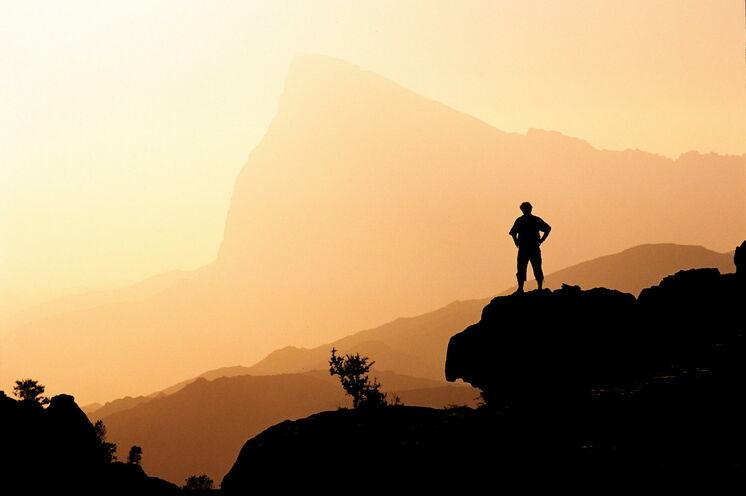 Ein Sonnenuntergang im Jebel Akhdar Massiv bleibt Ihnen unvergessen