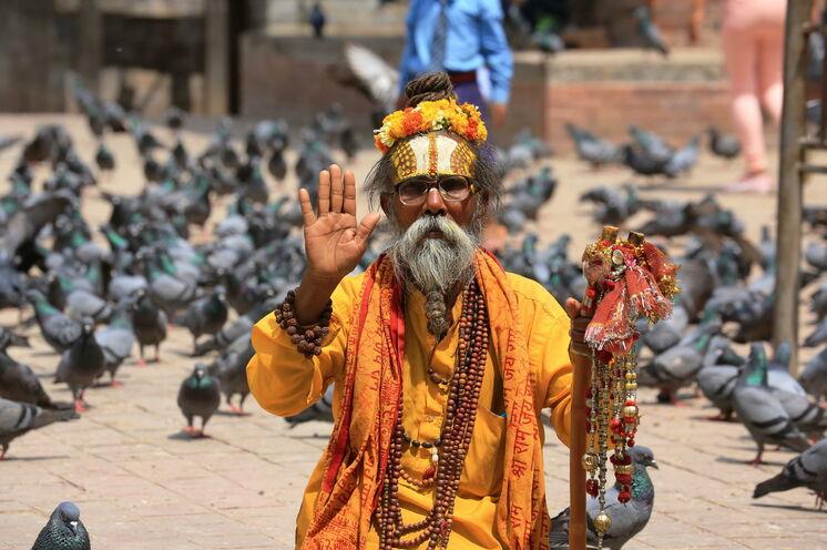 In Kathmandu trifft friedlich Hinduismus auf Buddhismus. (Foto: Roland Lubiger)
