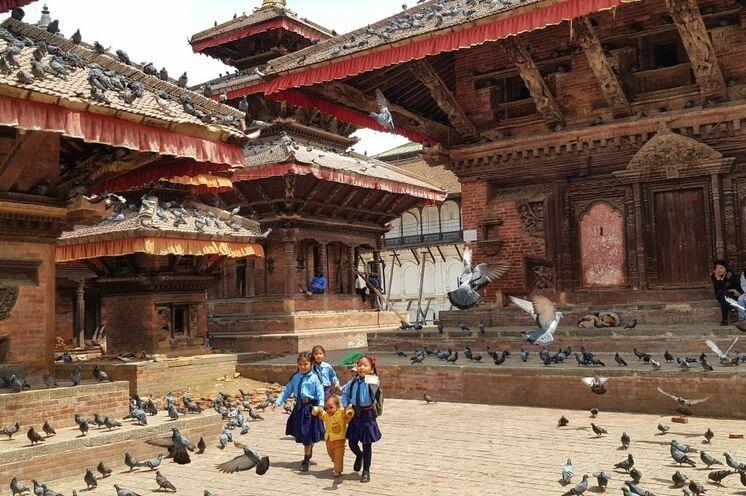 Zudem faszinieren prachtvolle Königsplätze wie der Durbar Square in Kathmandu. (Foto: Roland Lubiger)