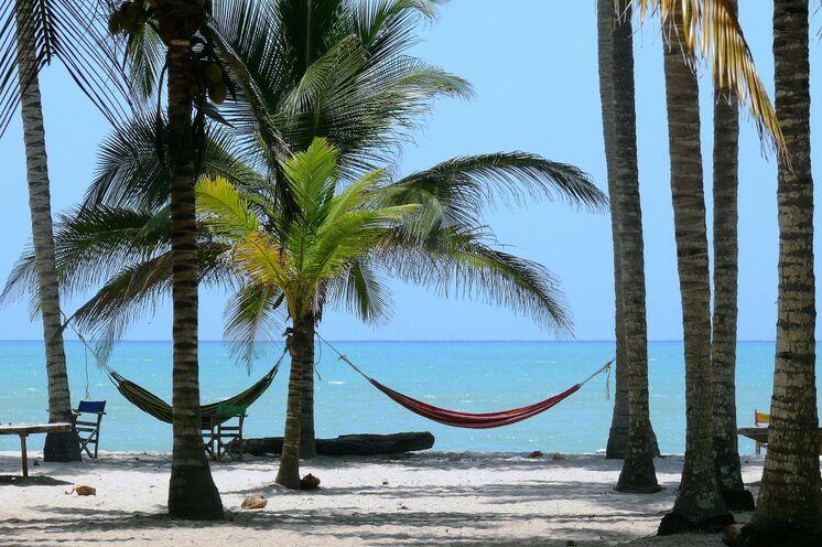 Tipp Badeverlängerung: 3 wunderschöne Inselhotels stehen zur Auswahl