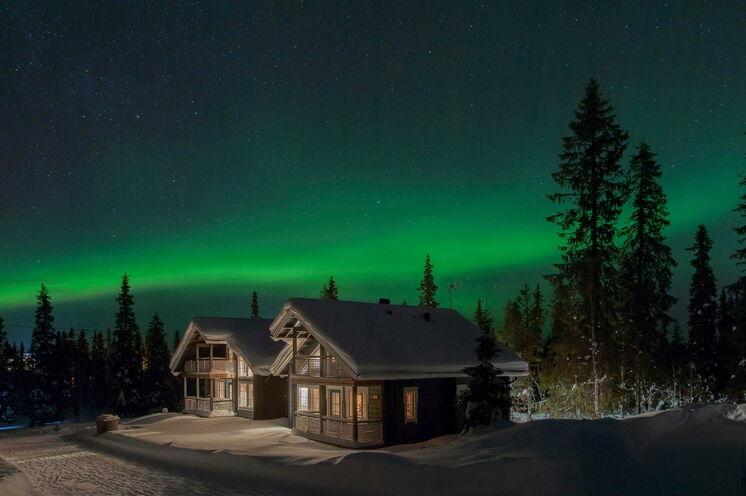Mit etwas Glück können Sie während Ihres Aufenthaltes Polarlichter sehen