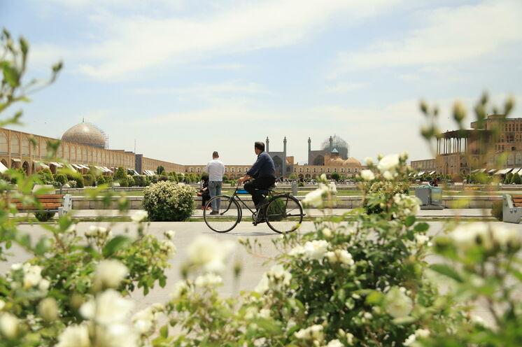 Alltagsszene am Imam-Platz in Isfahan