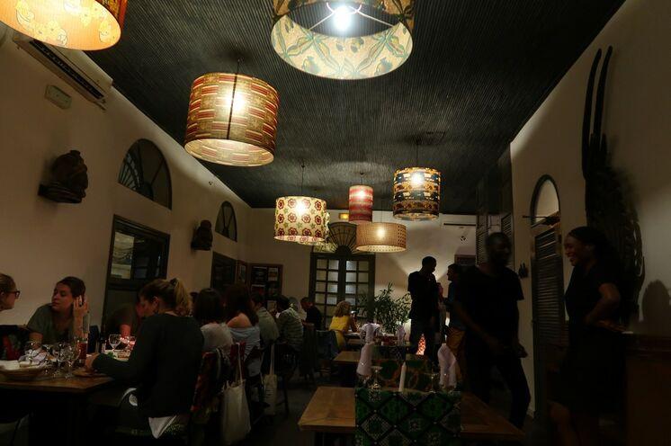 Einfache wie auch gediegen gute Restaurants...