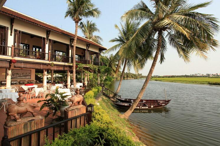 Im malerischen Hoi An übernachten Sie im traumhaften Riverside Resort & Spa