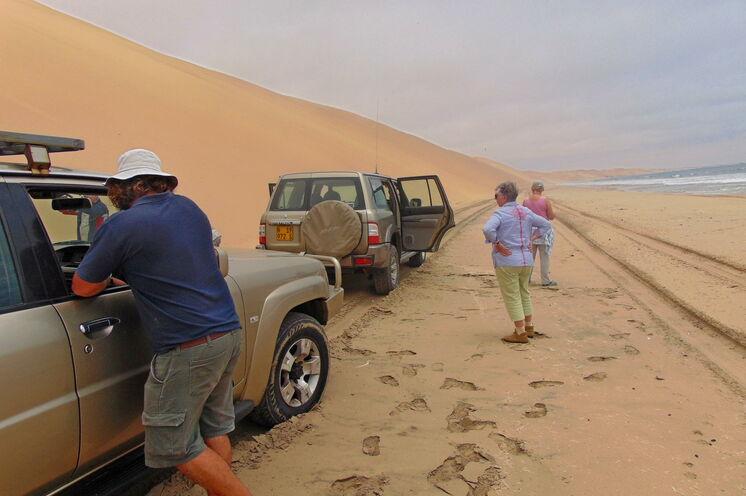 Mit Landcruiser auf Wüstentour entlang dem Atlantik oder ...
