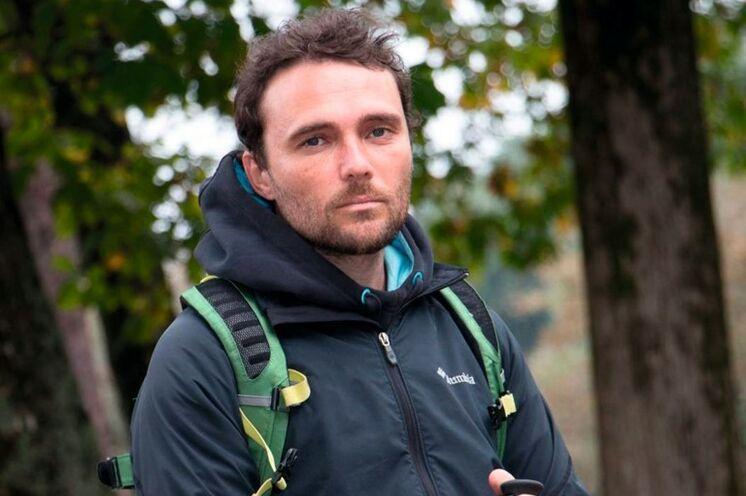 Der leidenschaftliche Jakobswegkenner Luis Burmeister ist Ihr Reiseleiter auf der Tour...