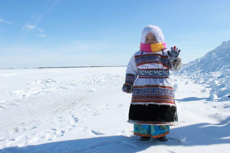 Willkommen bei den Nenzen - den Rentiernomaden im Norden Westsibiriens
