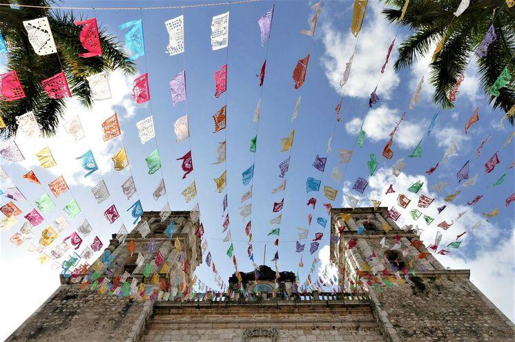 Kirche in Valladolid - erleben Sie hier an Tag 1 bzw. 2 den Katholizismus...